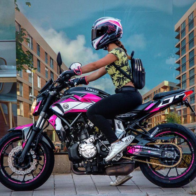 Adhesivos personalizados para moto